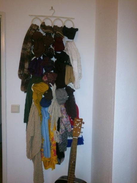 Strickzeug-Aufhänge-Ding